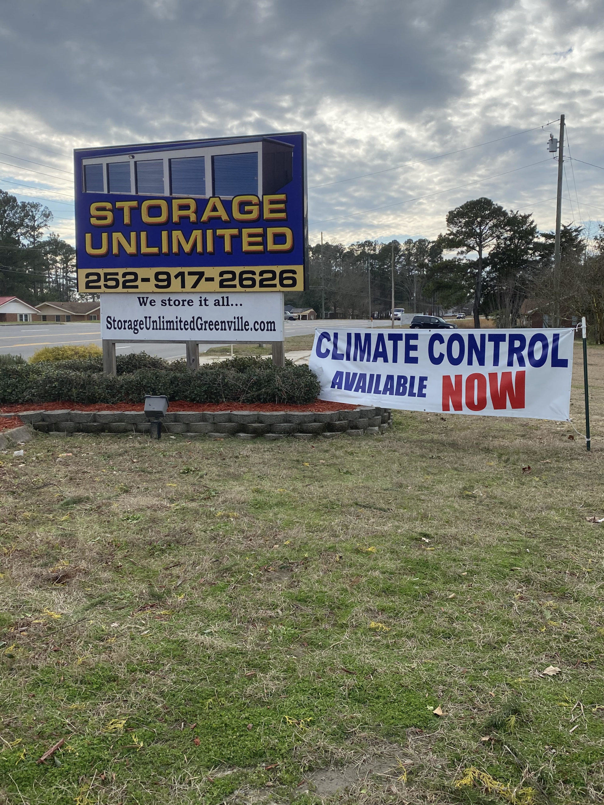 Storage Unlimited Sign